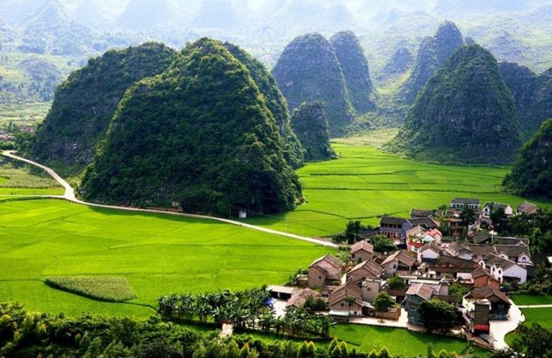 Ruộng và núi ở Quý Châu